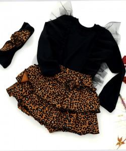 Bloomersy w panterkę i czarna bluzeczka z tiulem