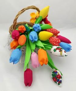 Tulipany z materiału- ozdoby świąteczne