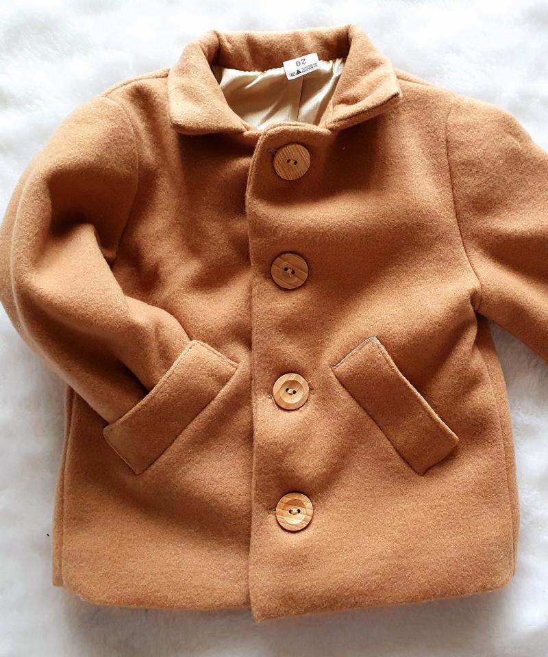 płaszcz dla chłopca carmelowy