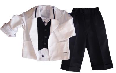Czarno-białe garnitury dla chłopców