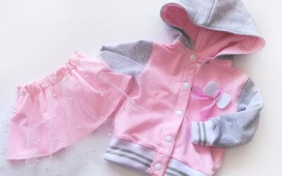 Bluza i spódniczka będzie w sam raz do przedszkola